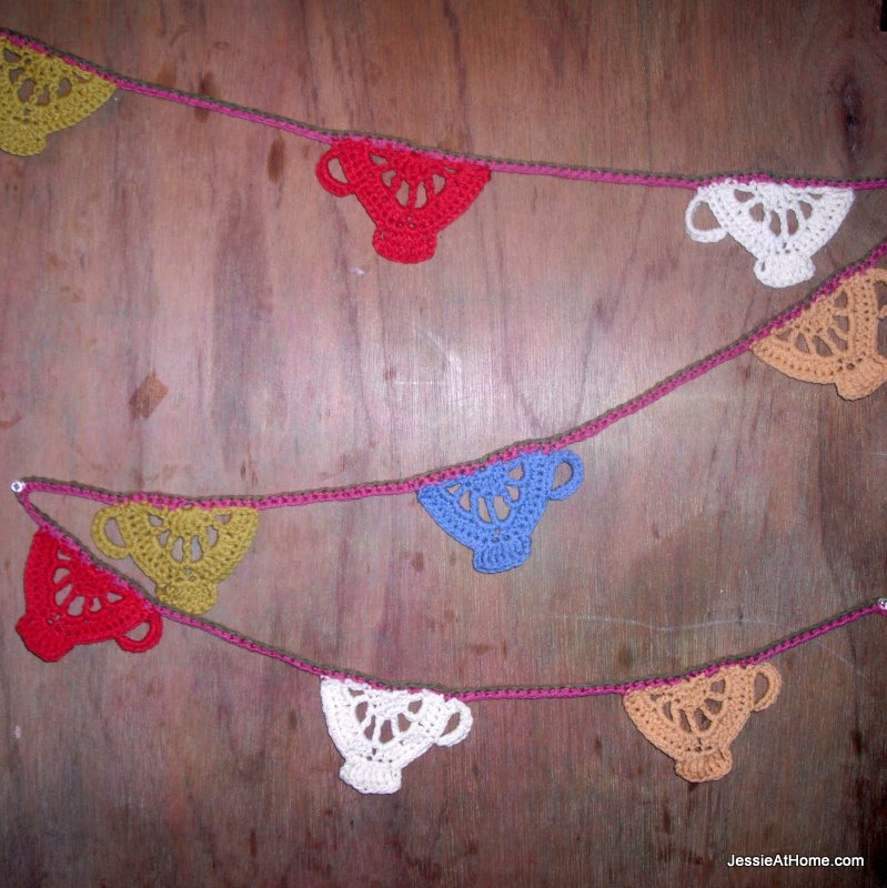 Tea-Cup-Crochet-Bunting-Pattern