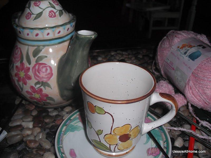 Pretty-Tea-at-InsaniTea-2011