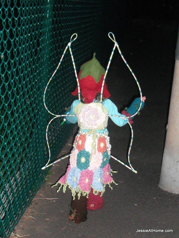 Vada-Fairy-back-Oct-2011