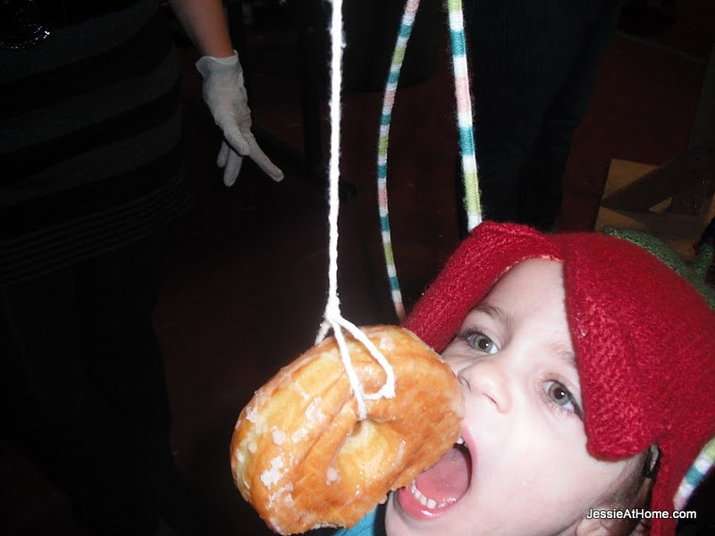 Vada-trying-to-catch-a-doughnut
