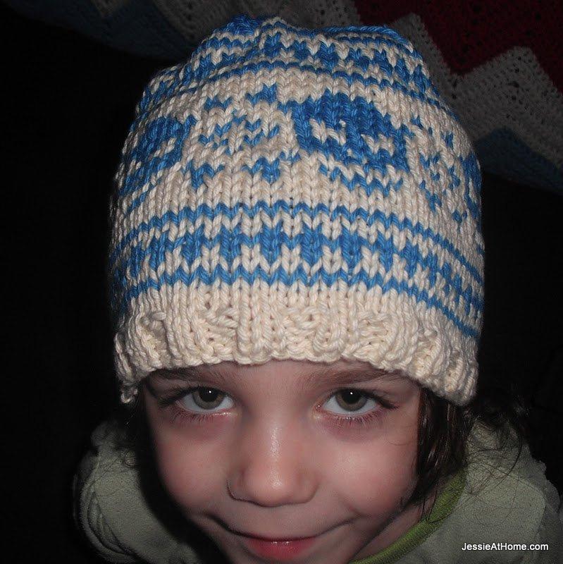 blue-and-cream-pirate-hat
