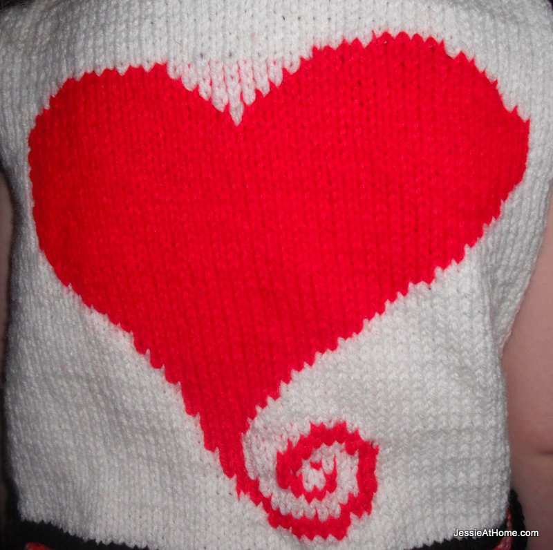 Swirl-Heart-Chart-Free-Knit-Chart