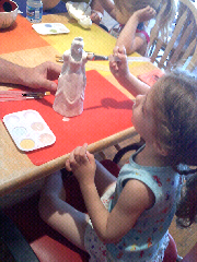 Kyla-painting-her-princess