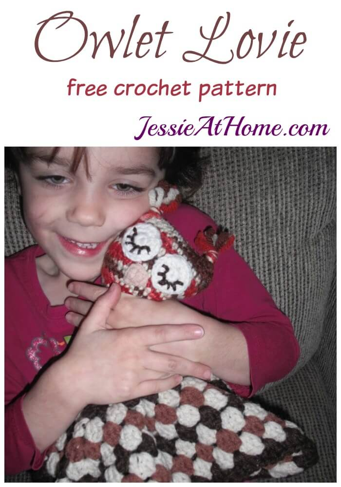 Owlet Lovie free crochet pattern by Jessie At Home