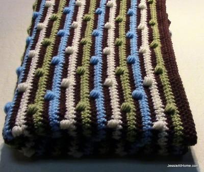 Free-Crochet-Pattern-Joseph's-Puff-Stitch-Blanket