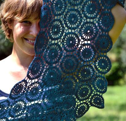 Ink Ripples Kit #CrochetKit from @beCraftsy