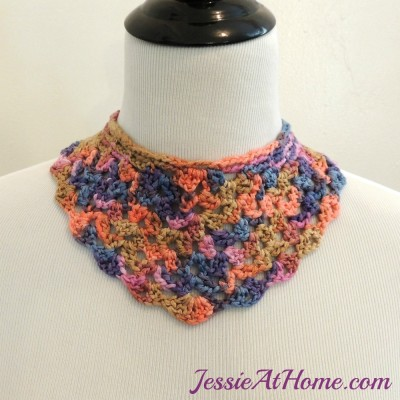 Shelly-Necklace-Free-Crochet-Pattern-by-Jessie-At-Home