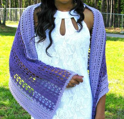 Ocean Splash Shawl Kit #CrochetKit from @beCraftsy
