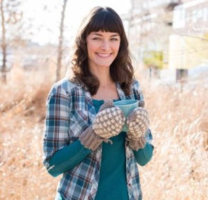 Checked Mittens Kit #CrochetKit from @beCraftsy