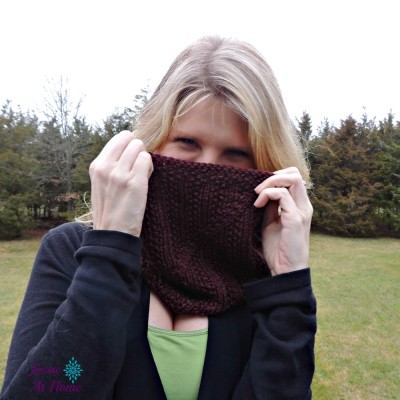 Twisted-Cowl-free-knit-pattern-by-Jessie-At-Home