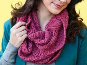 Barton Springs Cowl Kit #KnitKit from @beCraftsy