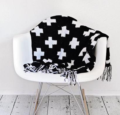 Crossroads Throw Kit #CrochetKit from @beCraftsy