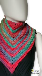 Simplicity Triangle Scarf free crochet pattern by SimplyCollectibleCrochet.com