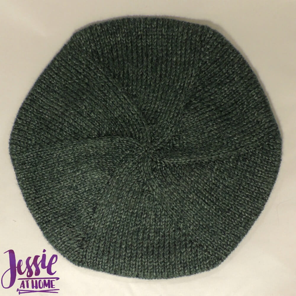 Basic Beret free crochet pattern by Jessie At Home - 2
