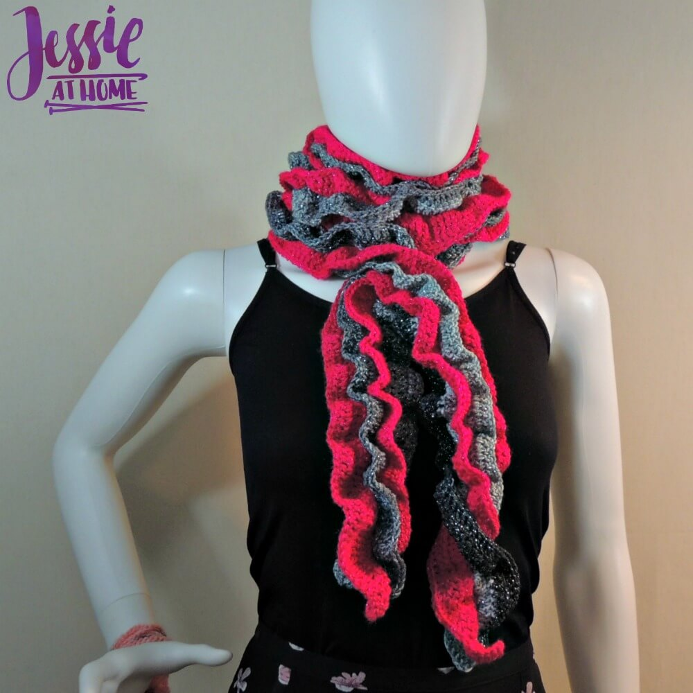 Glitter and Shine Scarf free crochet pattern by Jessie At Home - 2