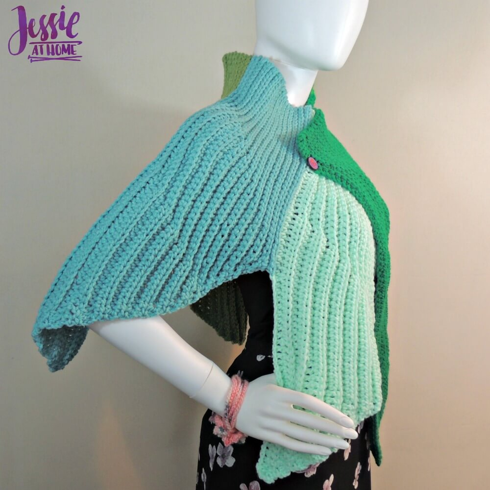 Fins Wrap free crochet pattern by Jessie At Home - 2