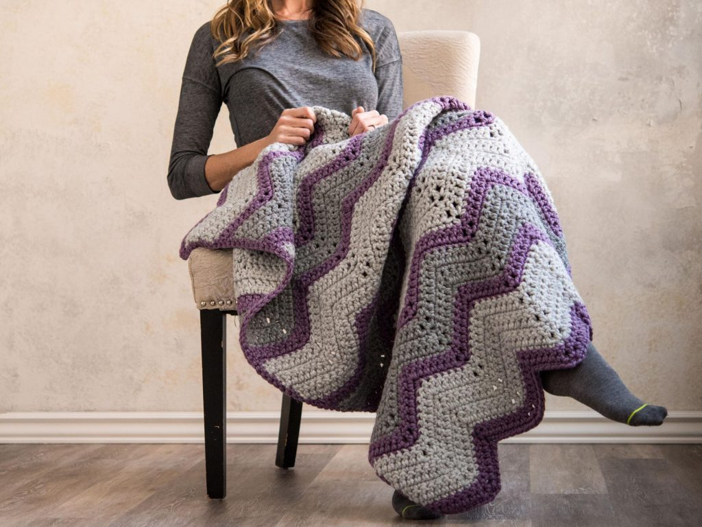 Vintage Bulky Chevron Throw Blanket Crochet Kit