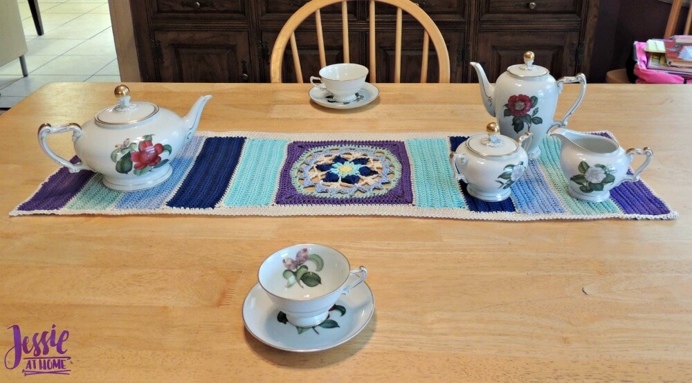 Flower Table Runner free crochet pattern by Jessie At Home - 3