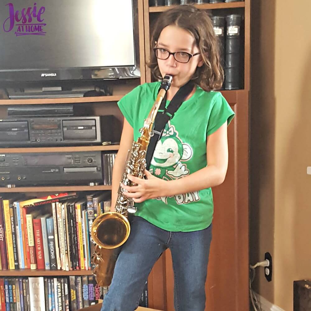 Vada and her sax