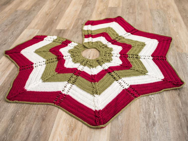 Classic Cable Star Tree Skirt Craftsy Crochet Kit