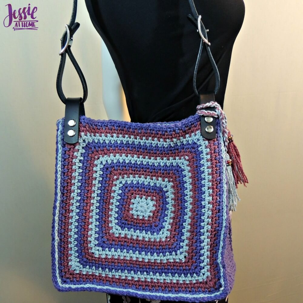 Denim Jewel Purse - free crochet pattern by Jessie At Home - 2