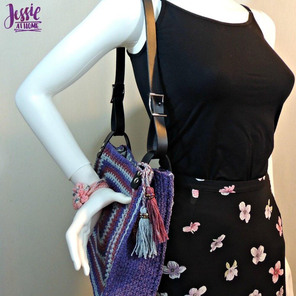 Denim Jewel Purse - free crochet pattern by Jessie At Home - 5