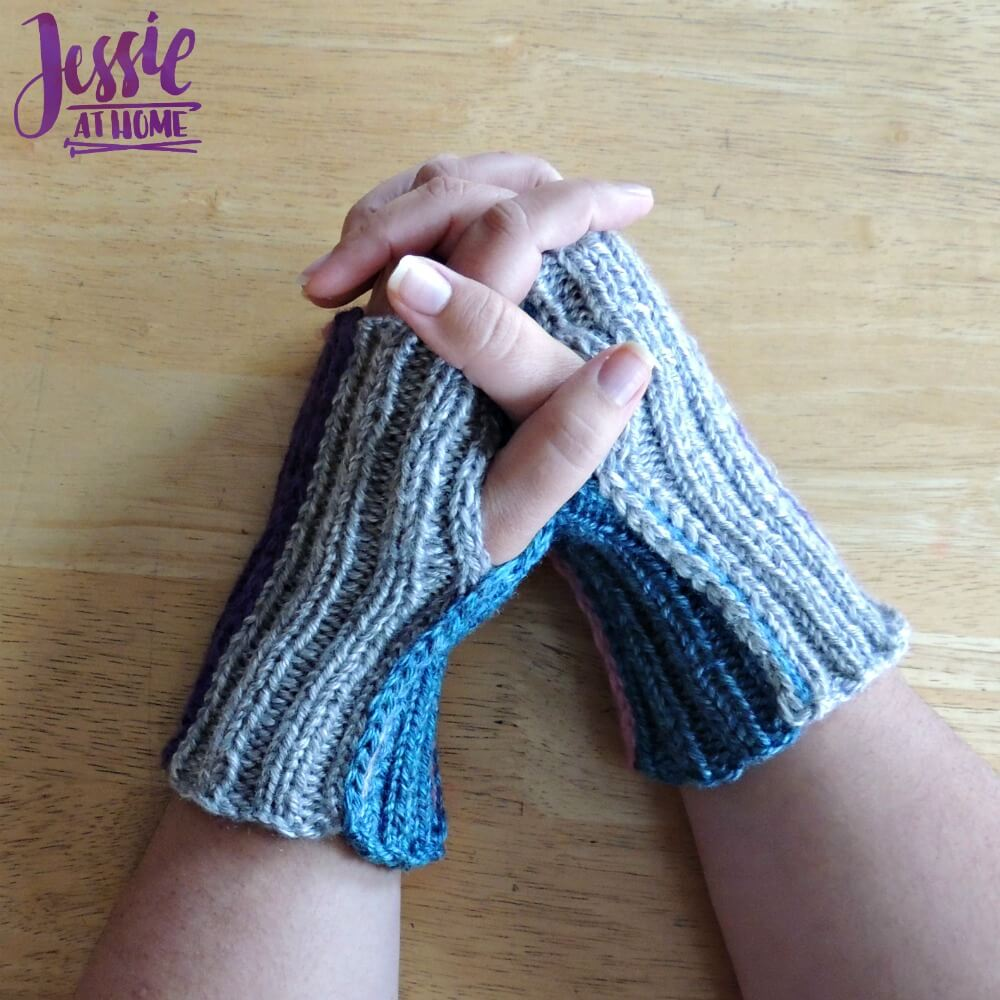 Stripey Mitts - free crochet pattern by Jessie At Home - 4