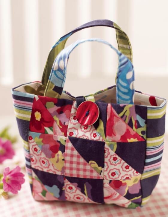 100 Little Christmas Gifts to Make bag