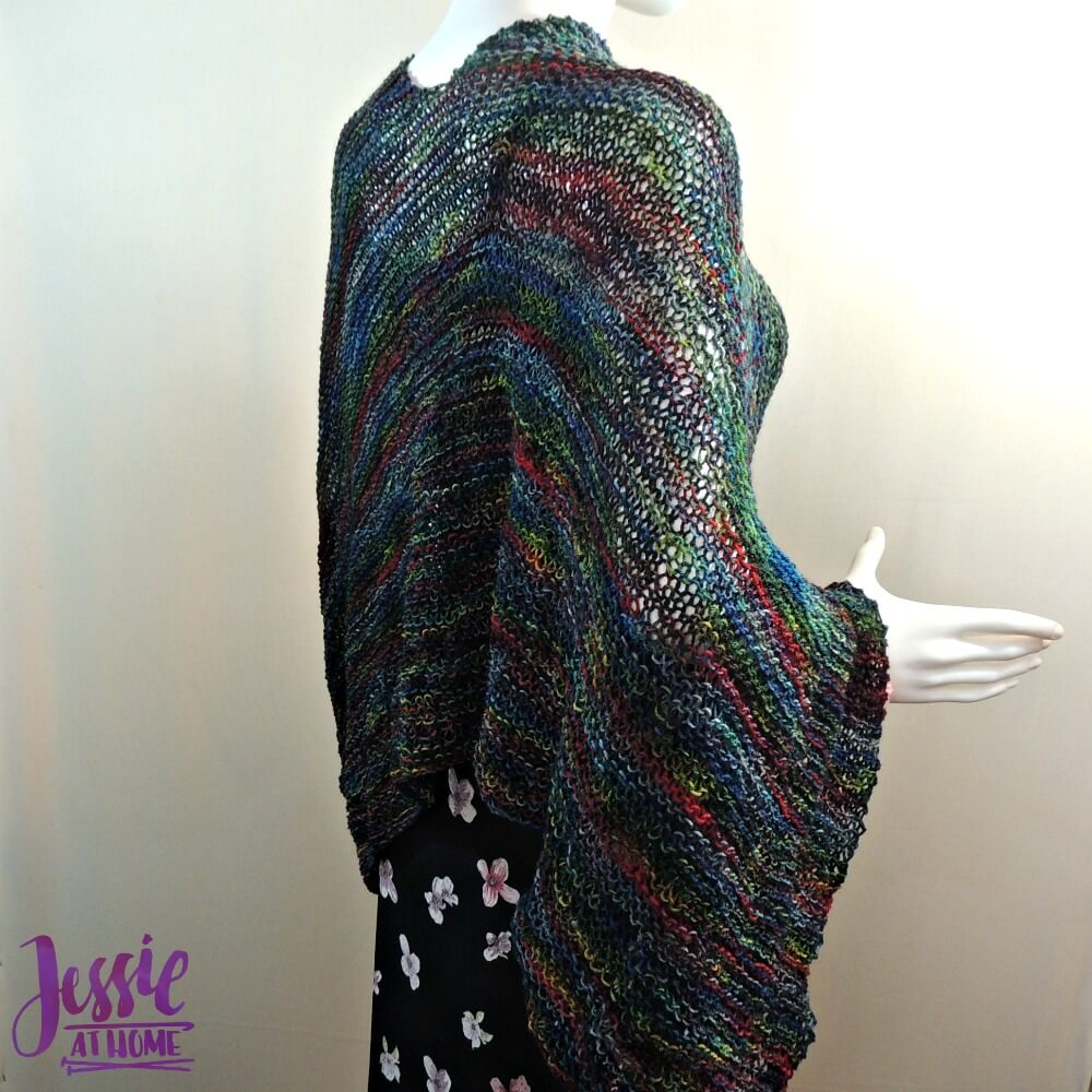 Funny Papers Poncho - free knit pattern by Jessie At Home - 3