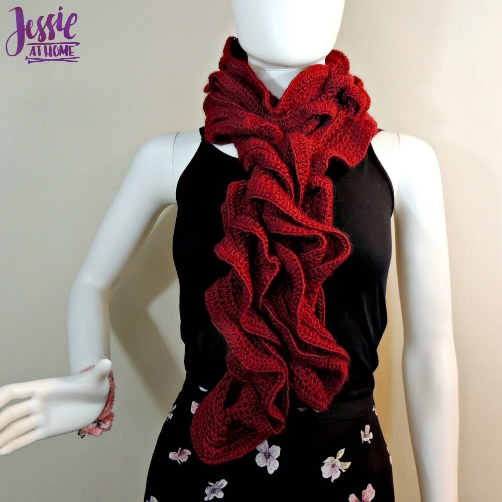 Ruffle Scarf Crochet Pattern Interesting Design Ideas
