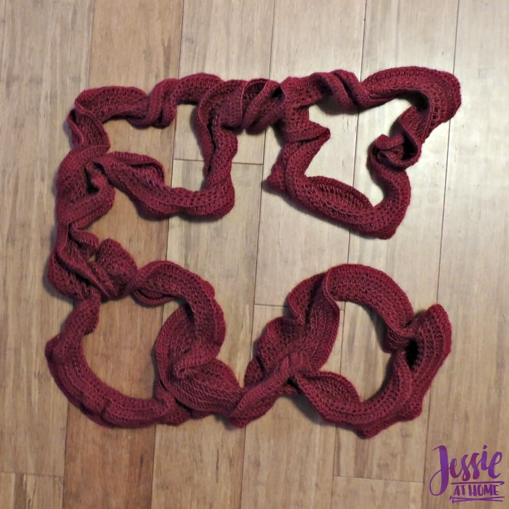 Tosh - Chain Ruffle Scarf - crochet pattern by Jessie At Home - 3