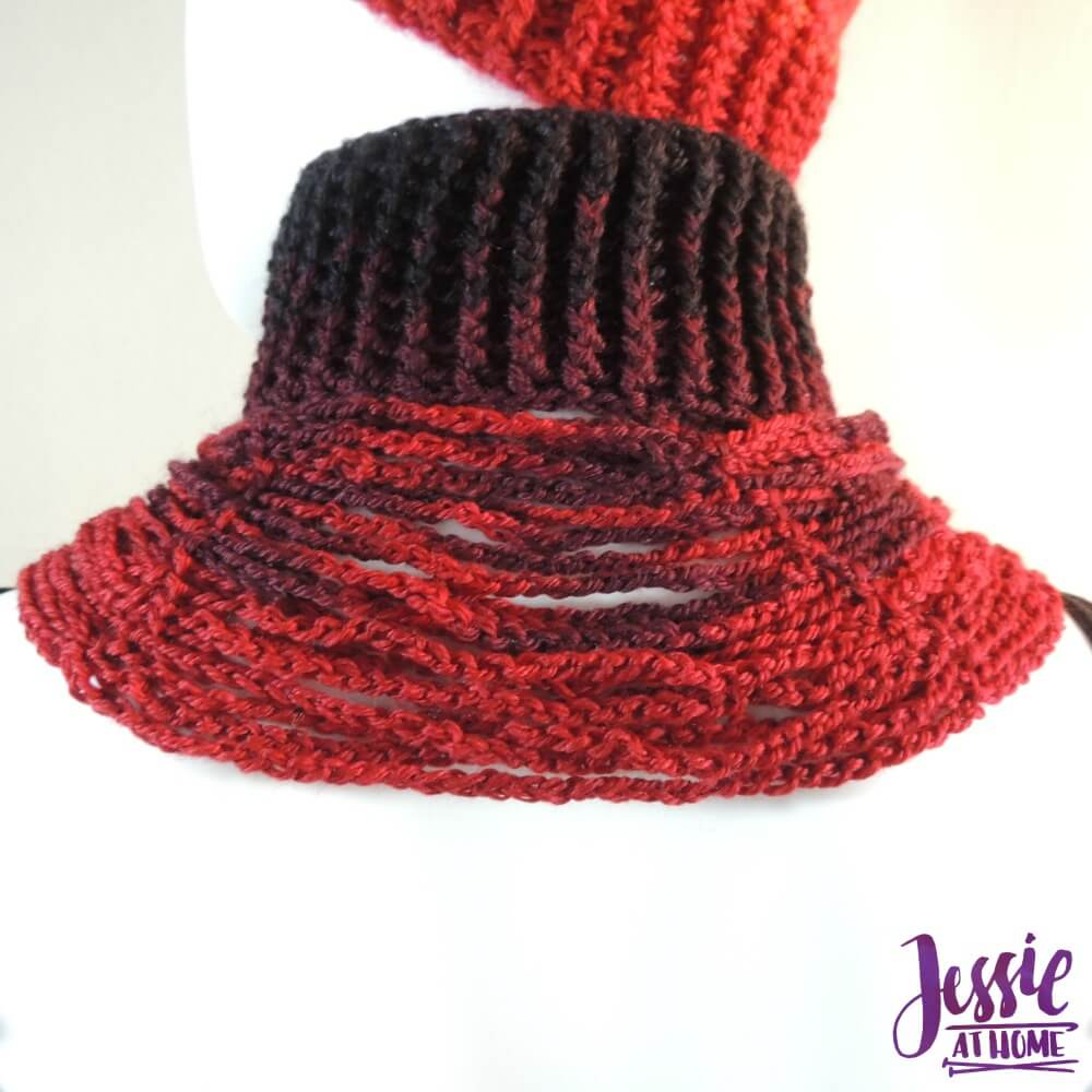 Chrissy Neck Warmer - free crochet pattern by Jessie At Home - 2