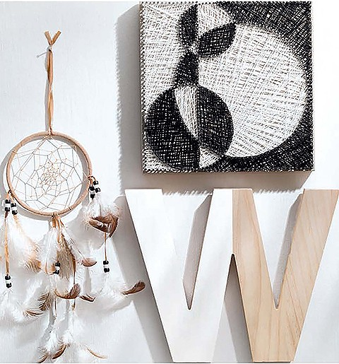 Cool String Art Black & White
