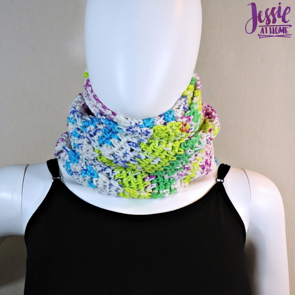 My Fair Scarf - free crochet pattern by Jessie At Home - 3