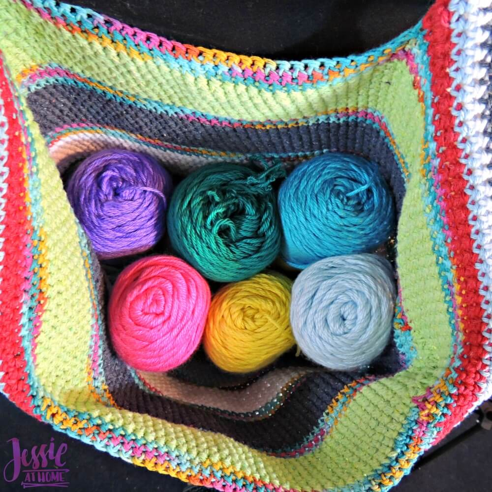 Yarnie Tote Bag - free crochet pattern by Jessie At Home - 2
