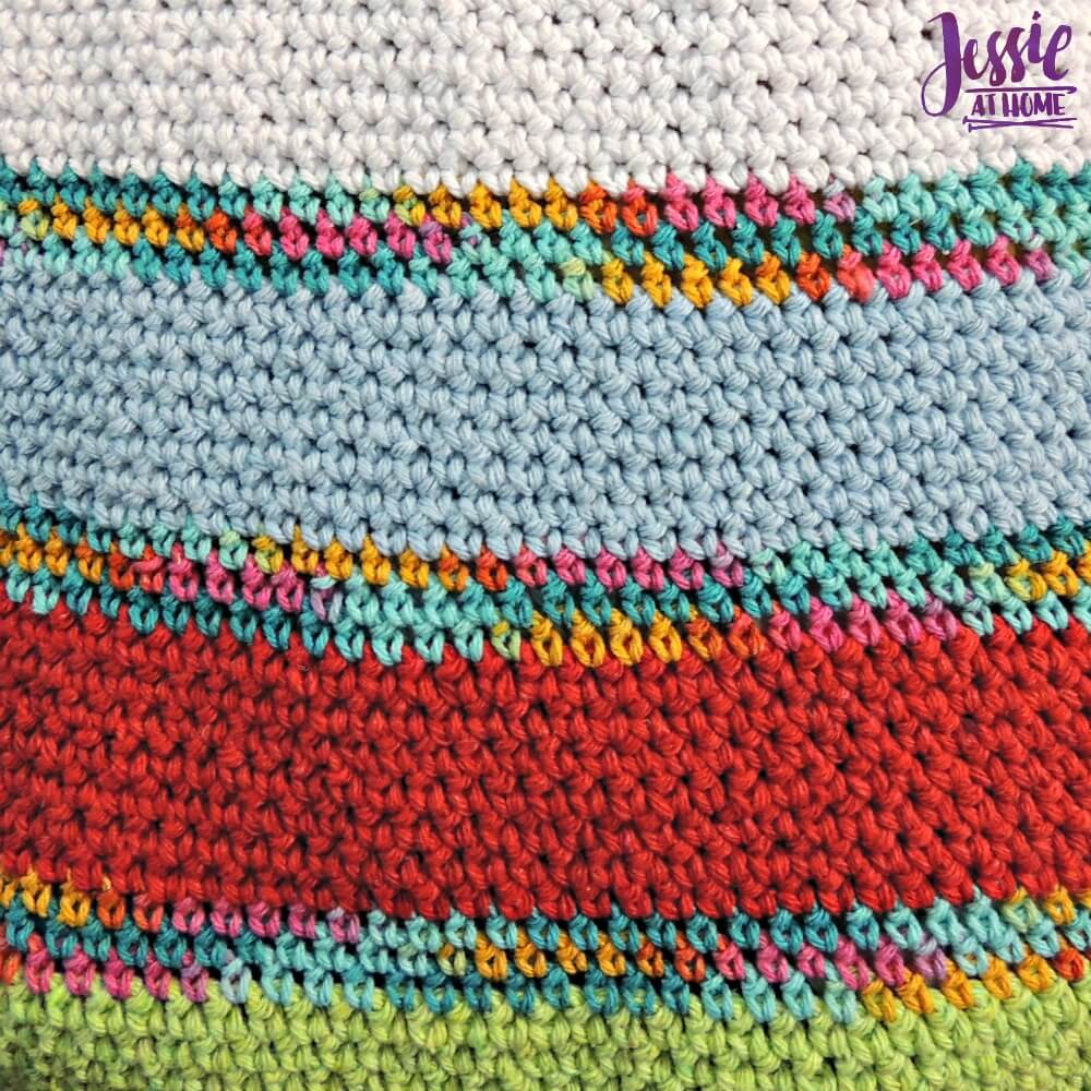 Yarnie Tote Bag - free crochet pattern by Jessie At Home - 3