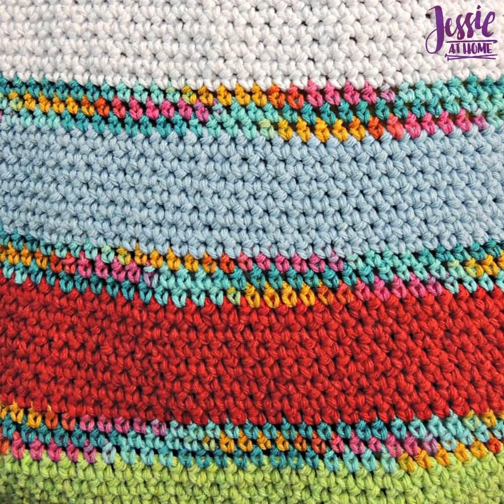 Yarnie Tote Bag - free crochet pattern by Jessie At Home - 3
