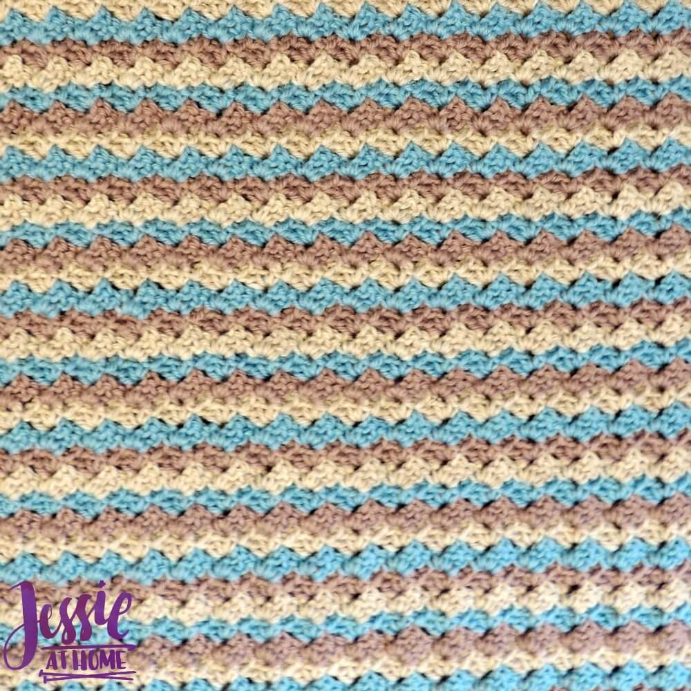 Robin Baby Blanket - free crochet pattern by Jessie At Home - 4