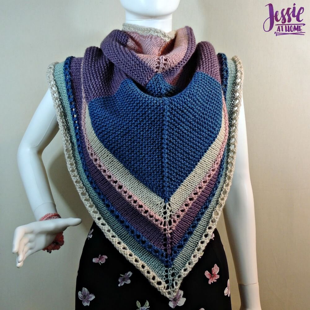 Triangle Squared - free knit pattern by Jessie At Home - 2