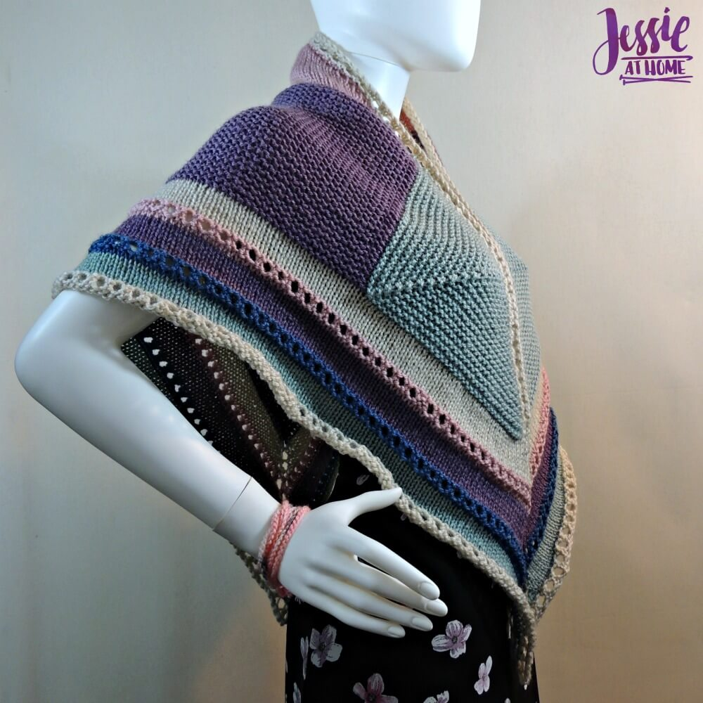Triangle Squared - free knit pattern by Jessie At Home - 3