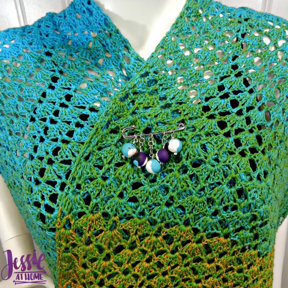 Crochet & Knit accessories with Sculpey - shawl pin