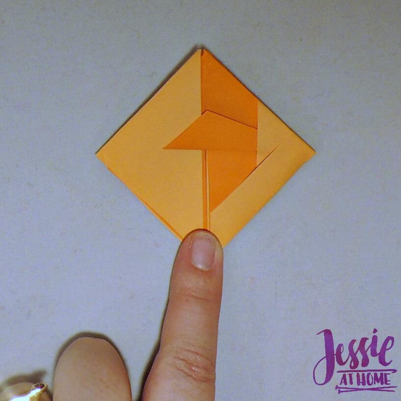 Kirigami Goldfish step 12