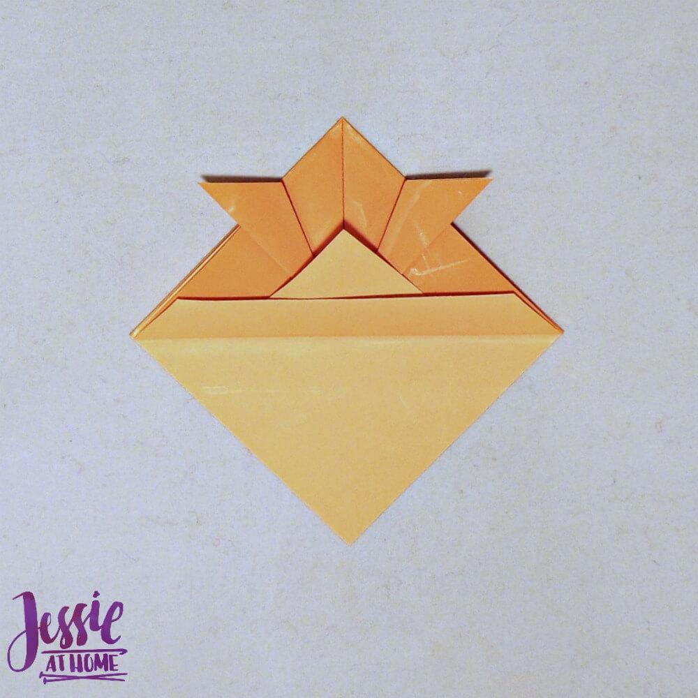 Kirigami Goldfish step 8