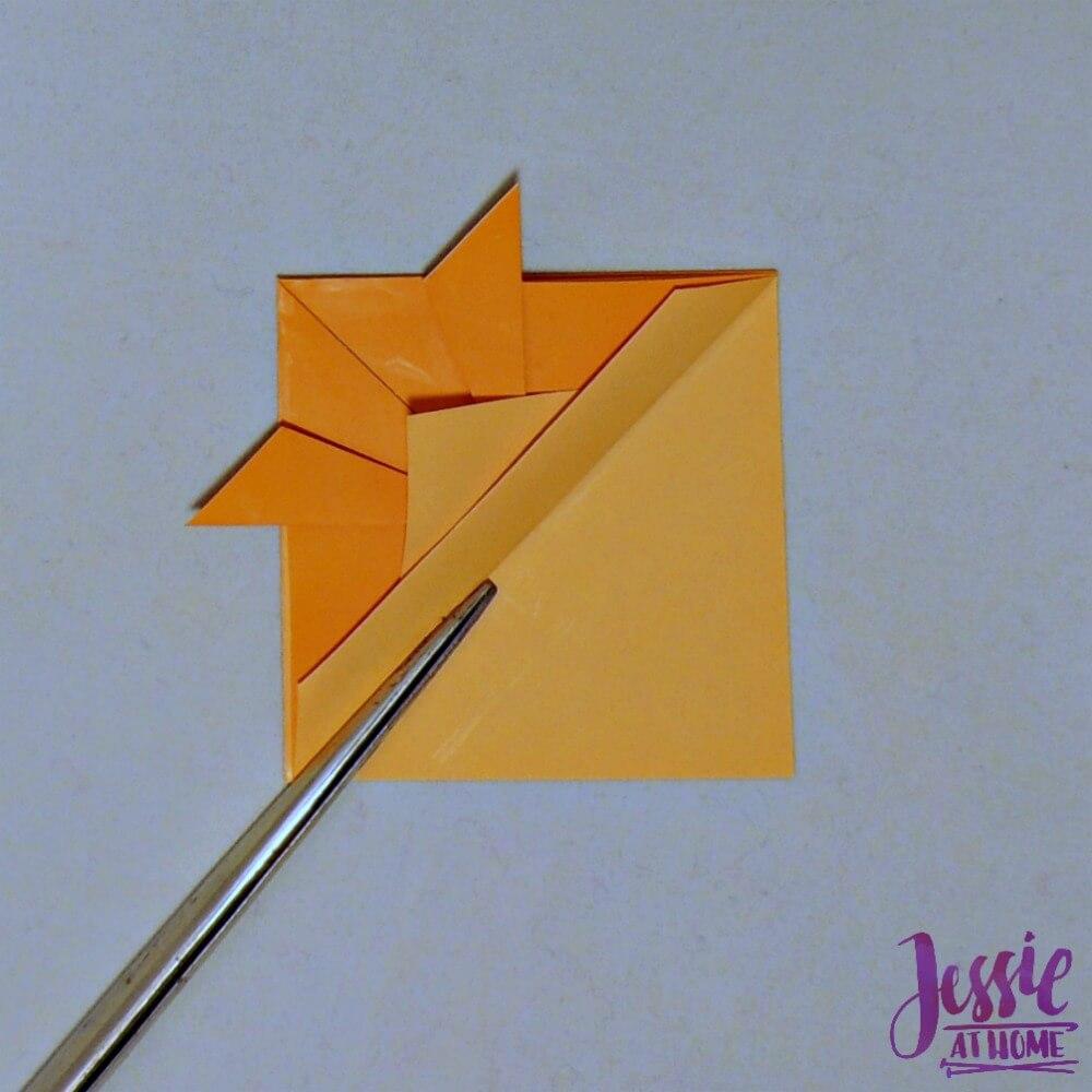 Kirigami Goldfish step 9