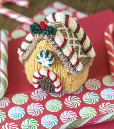 Tiny Christmas Toys to Knit book review and giveaway from Jessie At Home - gingerbread house