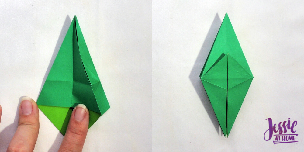 File:Origami frog base.svg - Wikimedia Commons | 500x1000