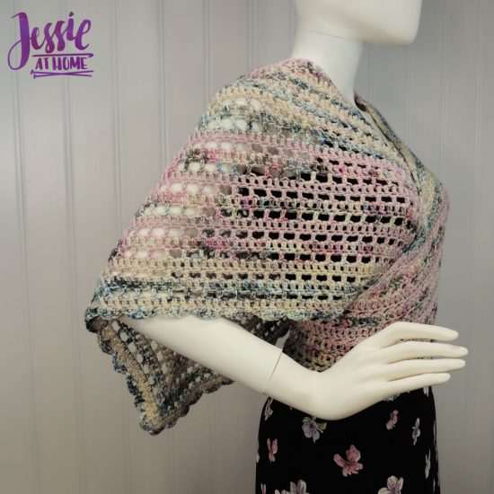 Slightly Off - free crochet pattern by Jessie At Home - 4