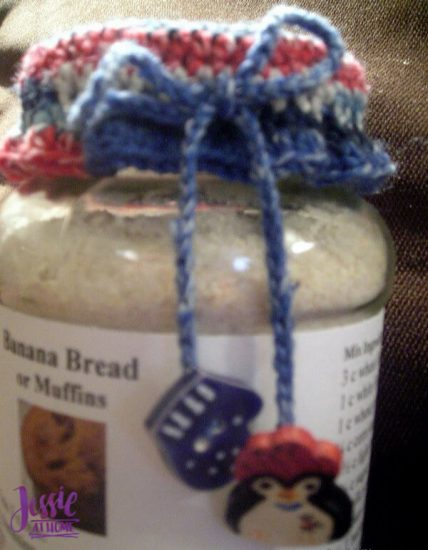 Crochet Jar Top free crochet and craft tutorial by Jessie At Home - Close Up