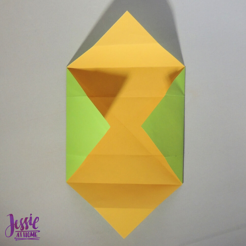 Origami Plain Box Step 4