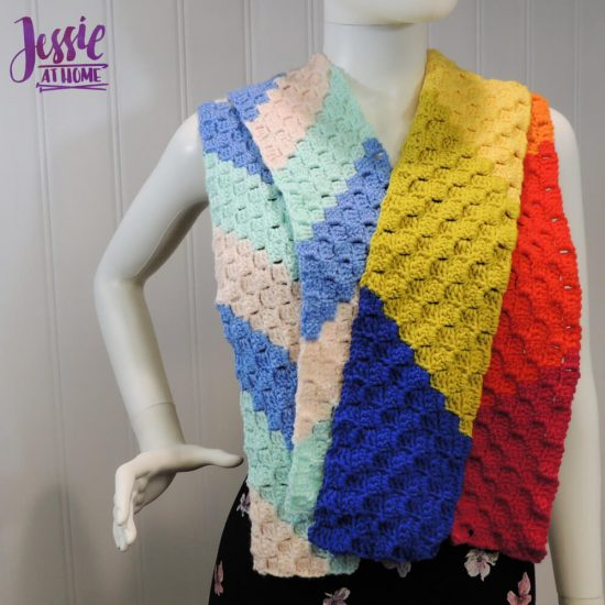 Scarf Squared - C2C Box Stitch free crochet pattern and tutorial by Jessie At Home - 3
